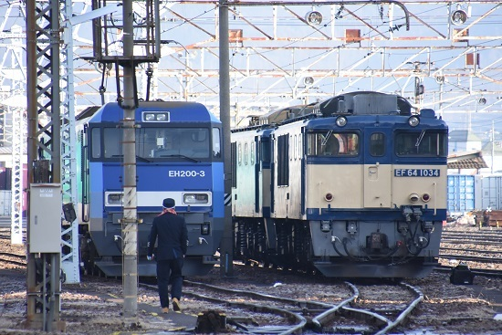 2020年1月11日撮影 南松本にてEH200の運転士さん