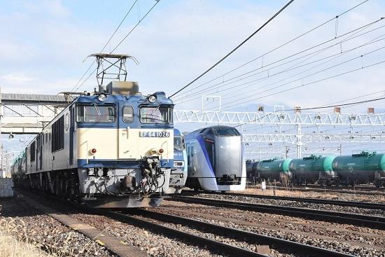 2019年11月23日撮影 ひな日松本にて1M E353系「あずさ」との並び