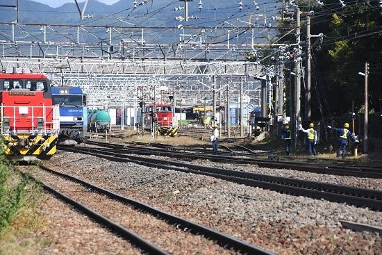 2019年10月9日撮影 東線貨物2080レ 旗振り