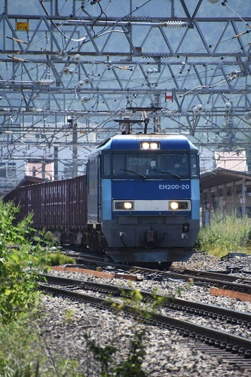 2019年8月26日撮影 東線貨物2083レ EH200-20号機