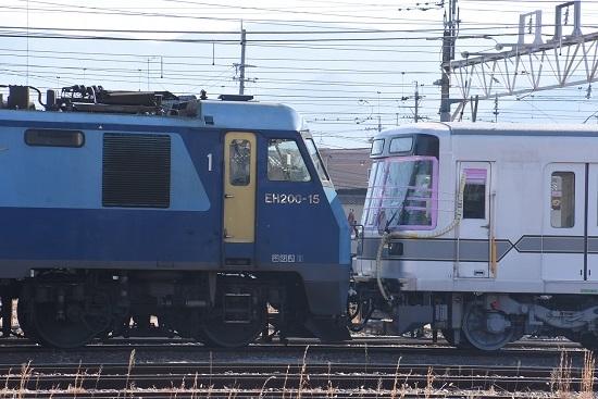 2020年2月2日撮影 EH200-15号機と東京メトロ03系連結部