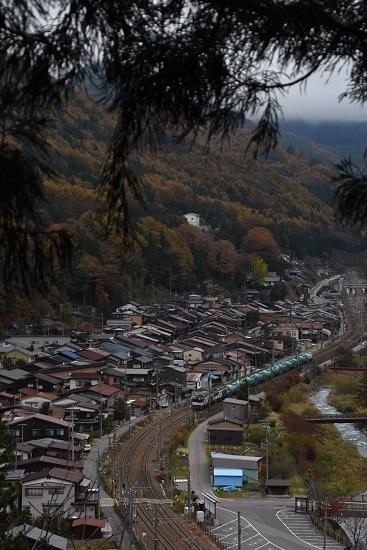 2019年11月8日撮影 西線貨物6088レ 奈良井俯瞰
