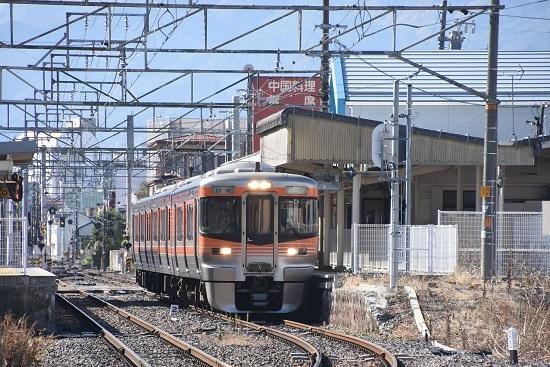 2019年11月9日 飯田線は伊那北駅に止まる313系8000番台