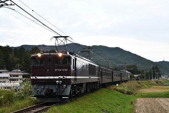 2019年10月7日撮影 辰野線小野付近を行く旧客返却回送