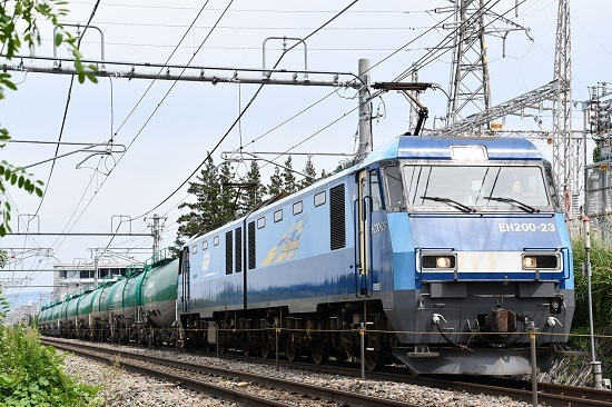 8月27日撮影 東線貨物2080レ EH200-23号機
