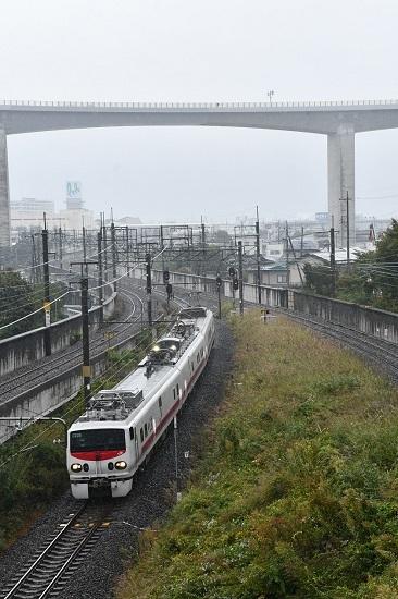 2019年10月8日撮影 East-i E 岡谷跨線橋から