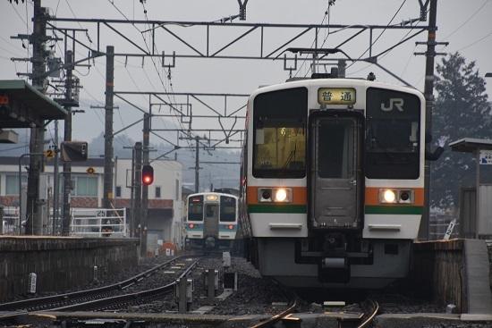 2020年2月16日撮影 飯田線は北殿駅にて213系発車