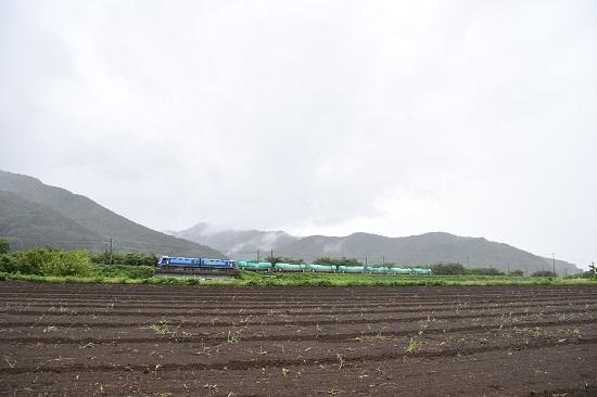 2019年8月30日 東線貨物2080レ EH200-1号機 緑タキ7両