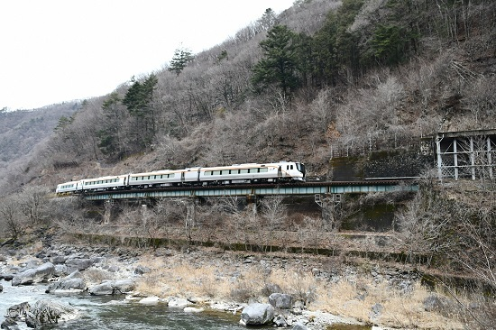 2020年2月23日撮影 高山本線 HC85系試運転 正面サイドから