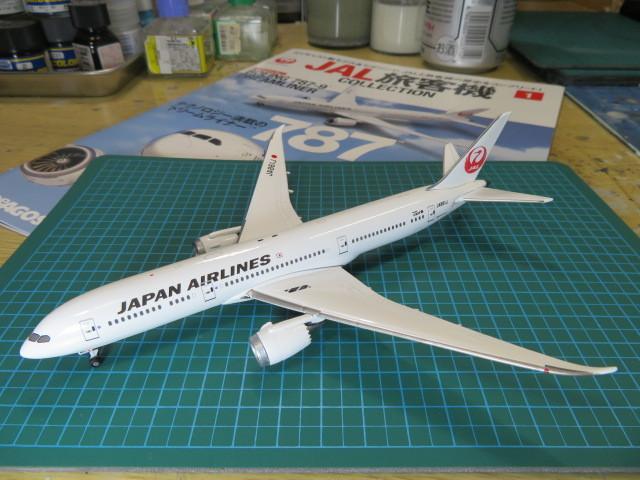 デアゴスティーニ JAL B787-9 1/400