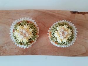 ひなまつりカップケーキ2個