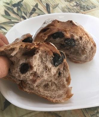 黒豆パン3