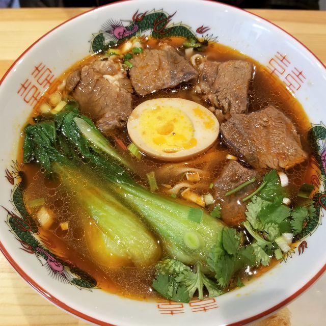 百歳牛肉麺10