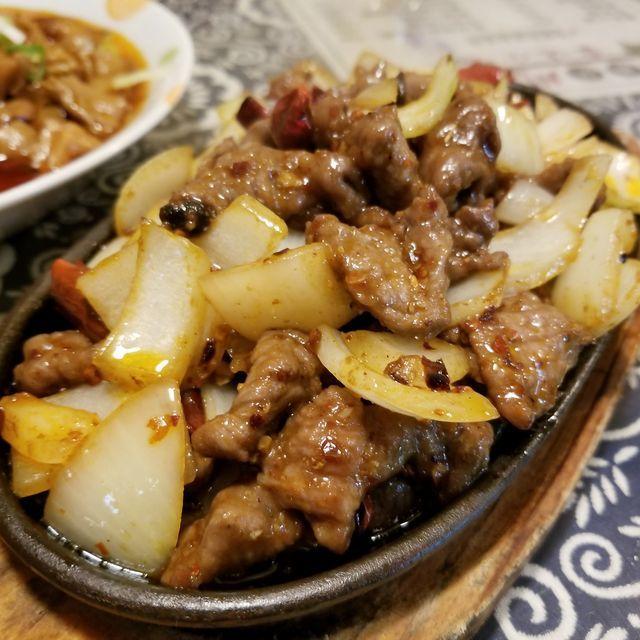 老重慶川菜館9