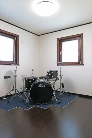 音楽室_スウェーデンホーム_S様邸_たつの