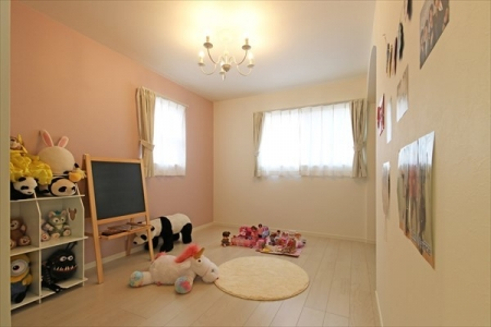 childroom_swedenhome_hokuou_07_fukuzaki (1)