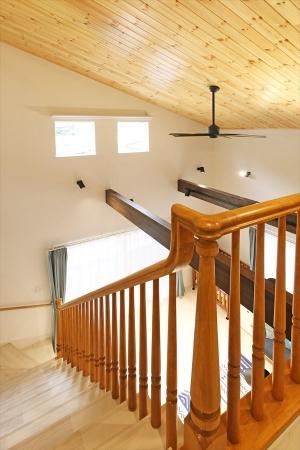 handrail_swedenhome_surfershouse03.jpg