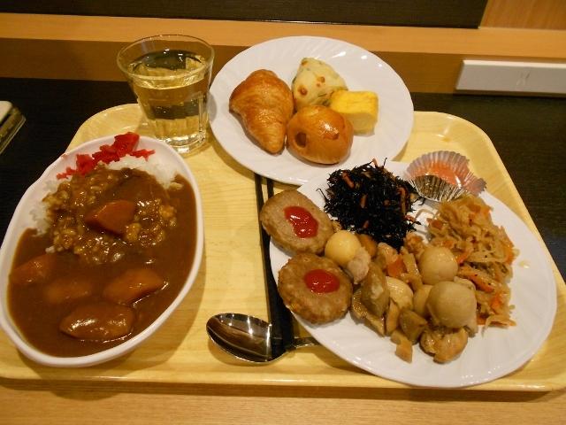 ホテル無料朝食朝カレー