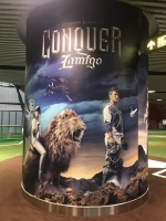 ライオンと象に乗ったLamigo選手と空飛ぶ赤いドラゴン190925