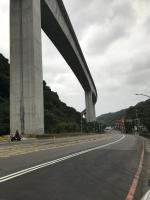 空港線の橋脚この高さですよ191015