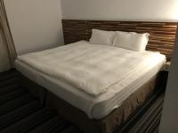 ベッド191025