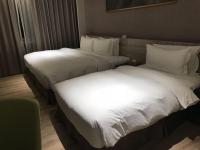 3人用ベッド200128