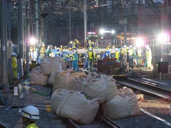 2016年11月19・20日に実施された品川駅6・7番線使用開始に向けた線路切替工事。