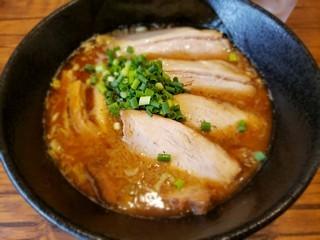 s麺屋タカモトのとんこつチャーシュー
