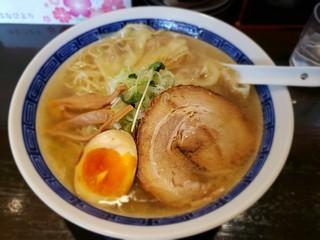 s爆2の鶏塩ワンタン麺