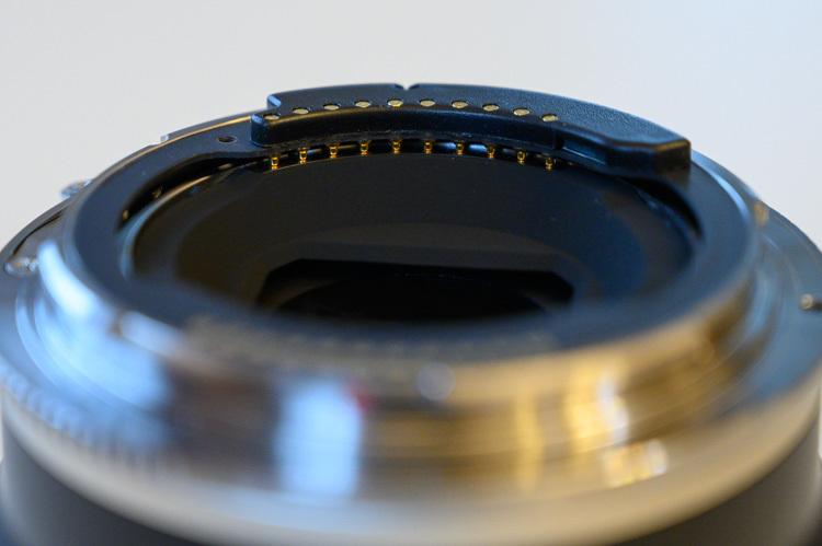 TZE-01 レンズ側電子接点