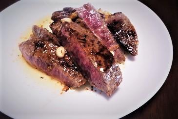 黒毛ステーキ