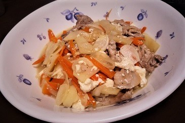 豚肉とジャガイモ中華炒め