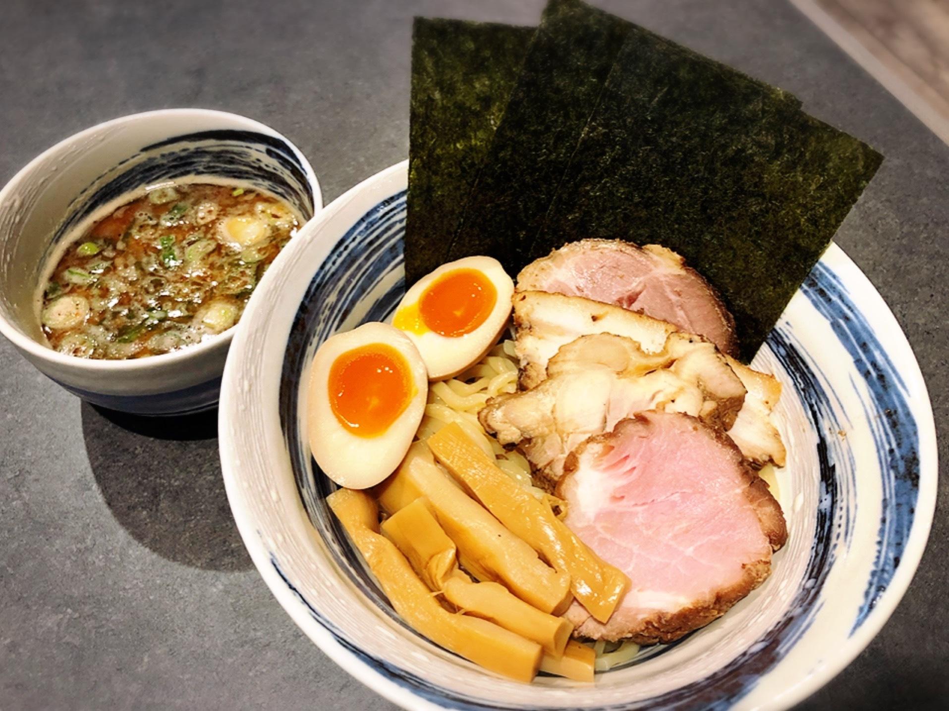 麺彩房弐NEXT限定つけ麺特製トッピング麺並