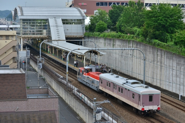 2019年7月3日 JR横浜線 片倉~八王子みなみ野 DE11-2001+マニ50 2186