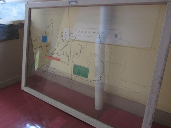廊下のガラスアート