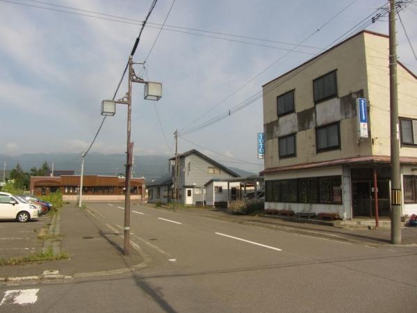 浦臼駅前通り