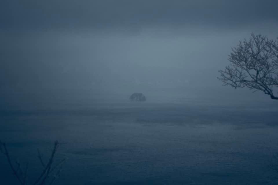 荒れる摩周湖