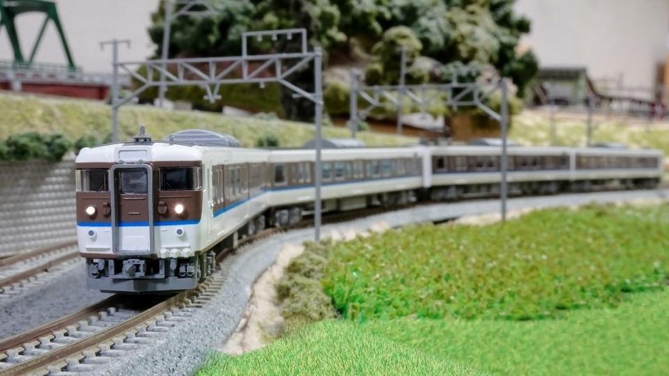 JR 115-2000系 40N更新車・アイボリー