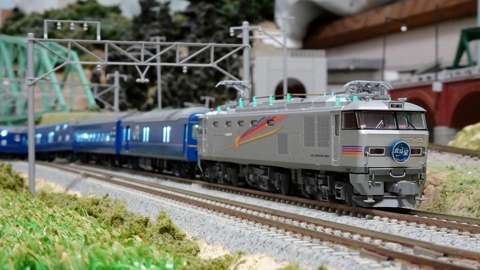 寝台特急「北斗星」銀の機関車