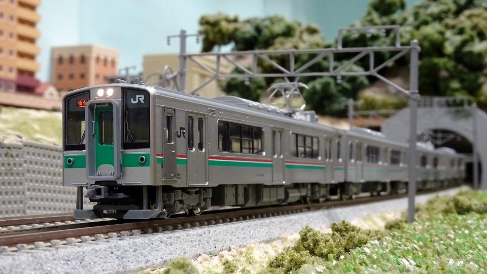 701系1000番台仙台色