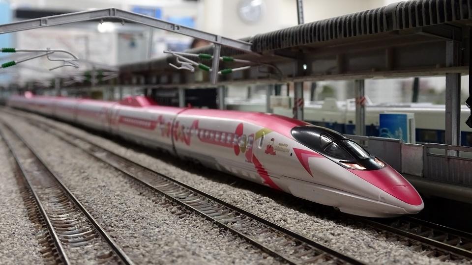JR 500-7000系山陽新幹線 ハローキティ新幹線