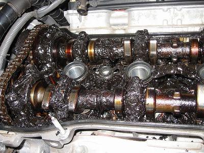 エンジン内部スラッジ