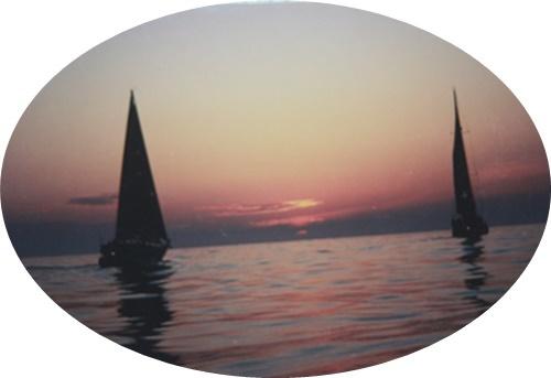 13 朝日に2艇