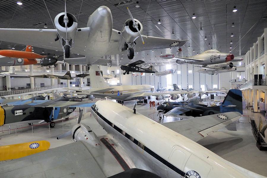 20200106-14_航空教育展示館展示機