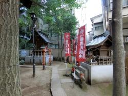気象神社裏と氷川神社00