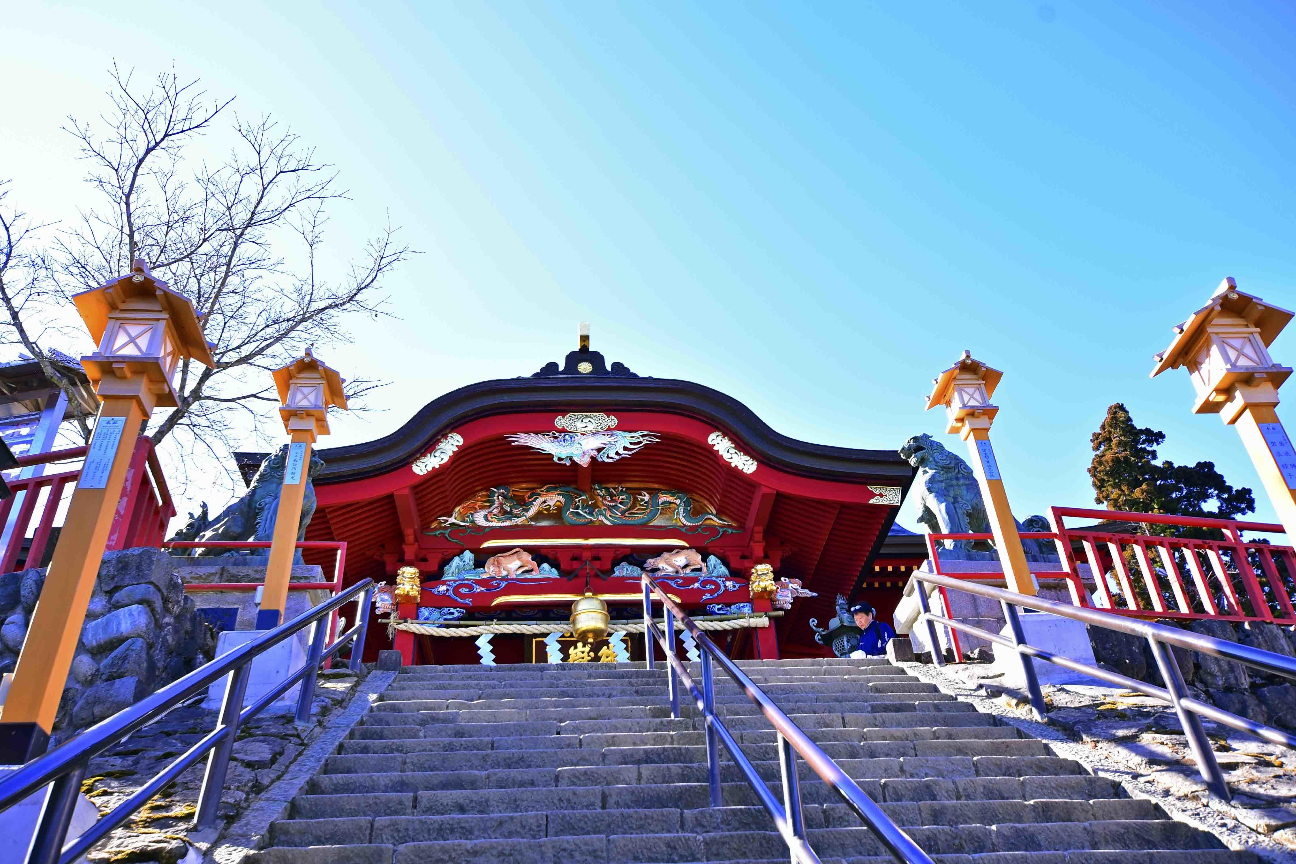 御嶽神社へ
