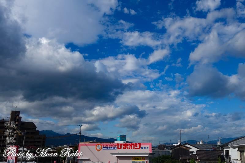 秋空 雲の表情 愛媛県西条市神拝