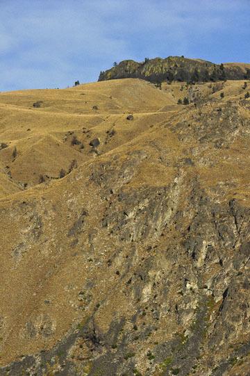 blog (4x6@300) Yoko 123 Omak to Wenatchee, At the Junction of 97S & ALT97S_DSC3389-8.11.19.(3).jpg