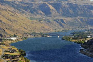 blog (6x4@300) Yoko 123 Omak to Wenatchee, ALT97S Beebe Bridge on the Columbia River_DSC3412-8.11.19.(3).jpg