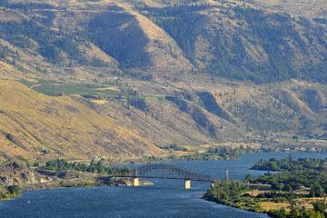 blog (6x4@300) Yoko 123 Omak to Wenatchee, ALT97S Beebe Bridge on the Columbia River_DSC3404-8.11.19.(3).jpg